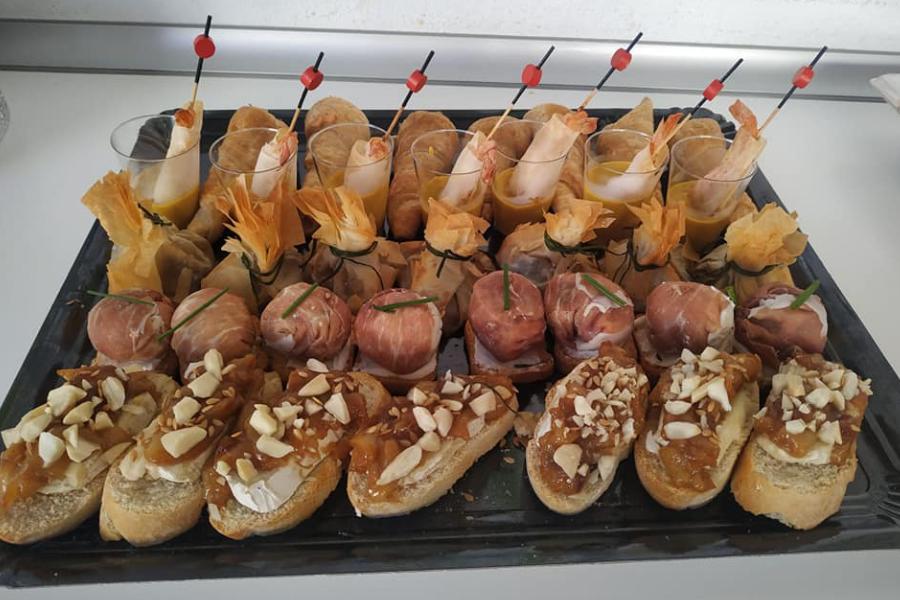 La Cocina de Inma en Baza, Granada, especialidad canapés