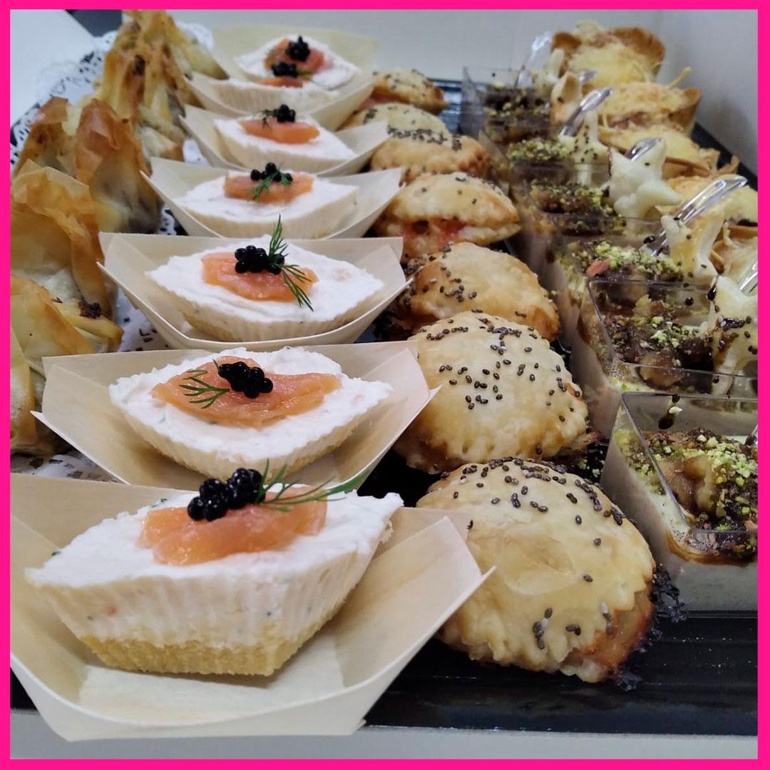 Canapés caseros. catering para eventos en Caniles con La Cocina de Inma
