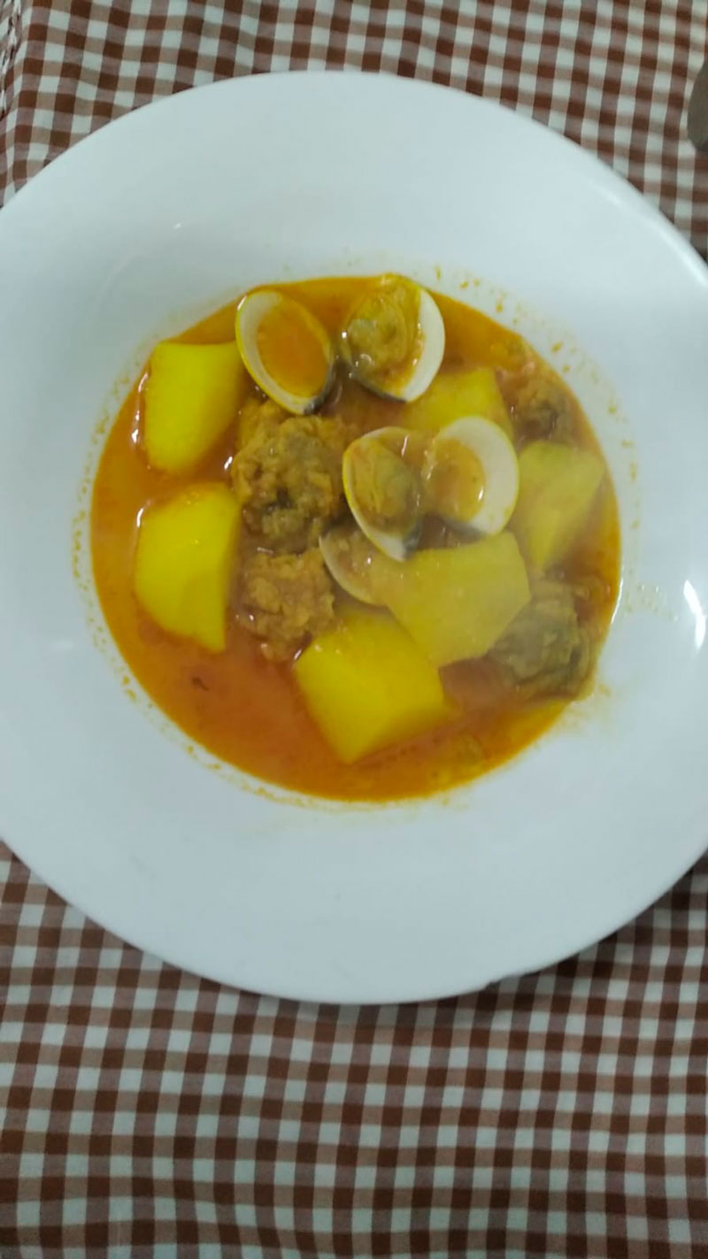 Guiso de almejas comidas para llevar en Caniles con La Cocina de Inma