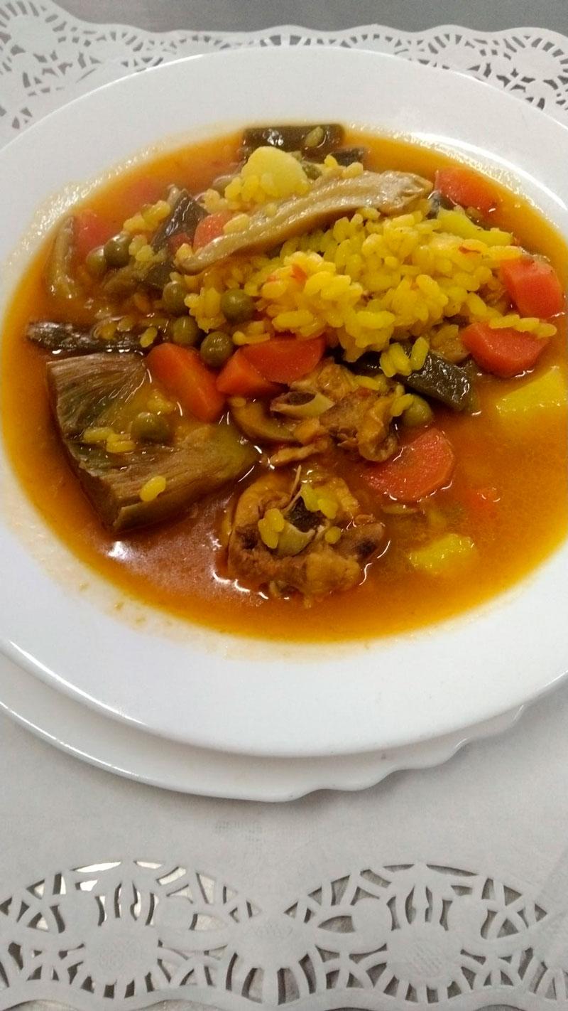 Guiso con arroz comidas para llevar en Caniles con La Cocina de Inma