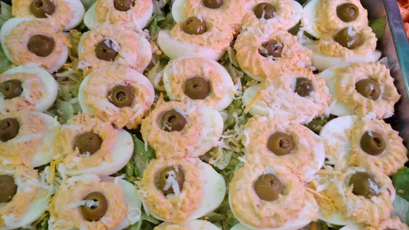 Huevos rellenos comidas para lleva en Caniles con La Cocina de Inma