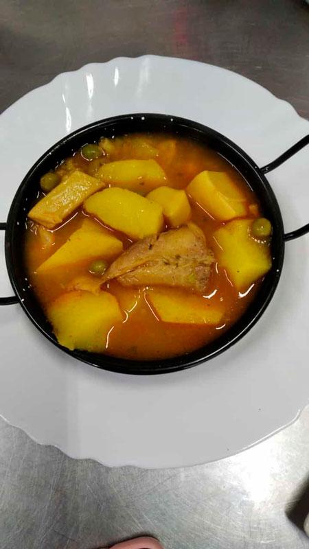 Patatas a la riojana comidas para llevar en Caniles con La Cocina de Inma