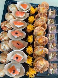 Variado de canapés catering para eventos en Caniles, Granada